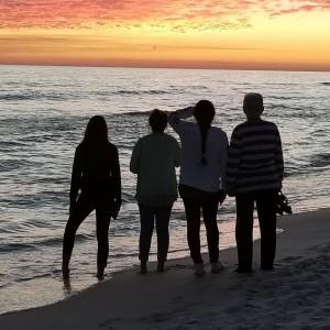 sunset-over-ocean-destin-vacation-rental