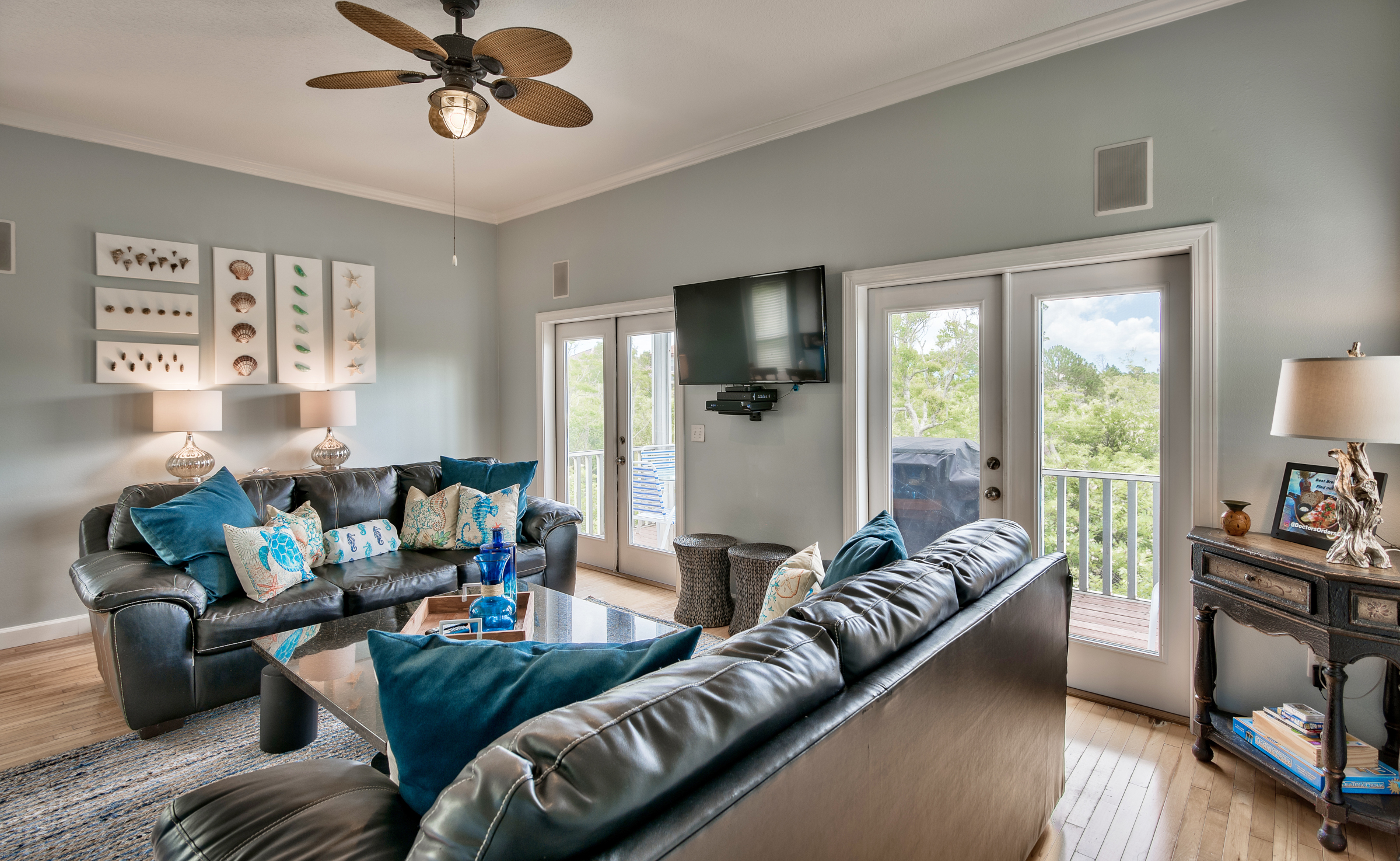 lr2-destin-vacation-rentals